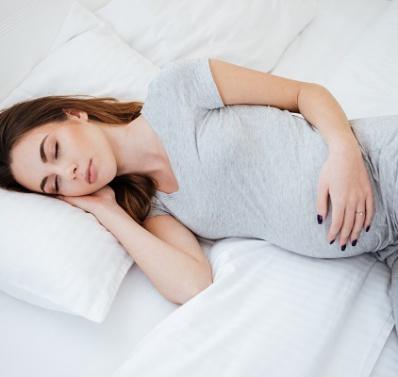 ¡A dormir! Tomar siestas en el embarazo reduce el riesgo de que el bebé tenga bajo peso al nacer